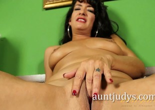 Latina MILF Gabrielle Lane Poses for Aunt Judy's
