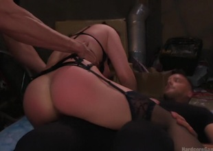 Lea Lexis makes her dream gang-bang a reality!!