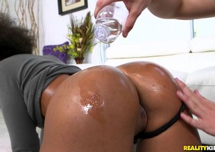 Hot black cutie with a fantastic ass screwed by a thick knob white guy