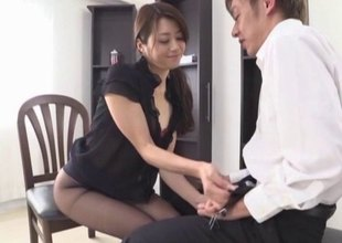Talented Japanese gal uses her mouth to make a lucky guy cum