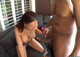 Jennifer Dark knows no restrictions when it comes to blowing her fuck buddys love wand