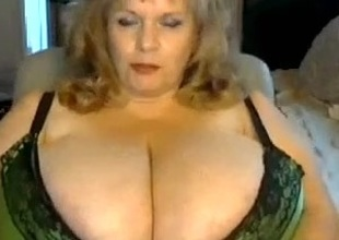 I'm being in a bra in homemade aged sex clip