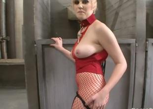 Tiffany Tyler gives sensual suck job to hot Rocco Siffredi