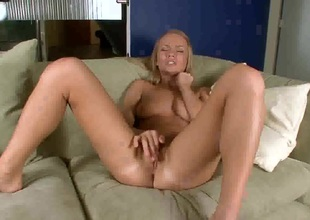 Melita inserts her fingers so fucking deep in her pussy hole
