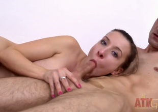 Brunette Jessica Biel gets cum soaked