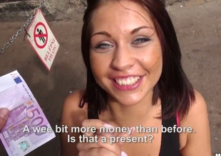Bianca Pearl receives her mouth stretched by guys erect dick