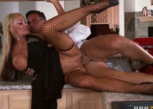 Keiran Lee touches the hottest parts of ultra sexy Houstons body before he bangs her throat