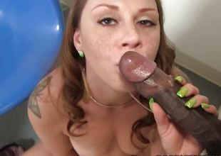 Scarlett Wild Sucks Darksome Gloryhole Dong
